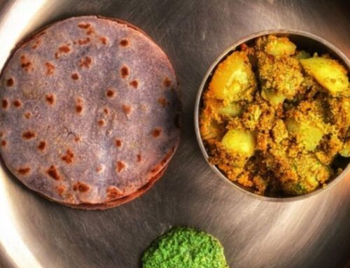 """A healthy """"Aloo Posto thali"""" that will make your mouth drool in no time!"""